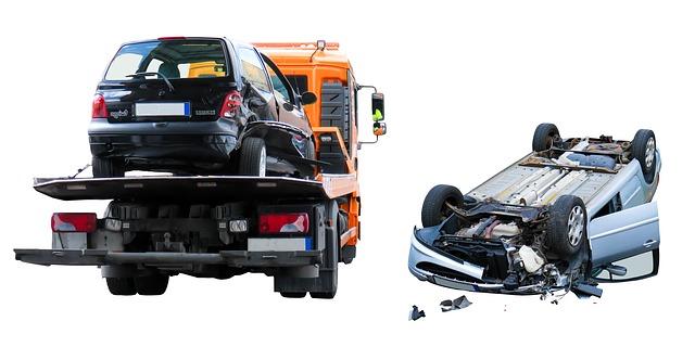 על הכביש: סוגי ביטוחים, תביעות ביטוח והסיוע המשפטי שבין לבין